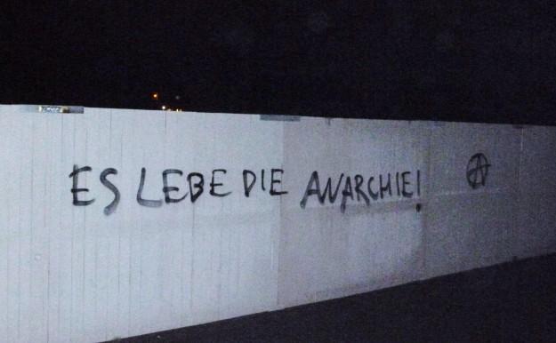 """""""Vive l'anarchie ! (A)"""""""