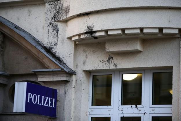 AnschlagAufpolizei2