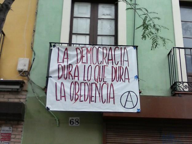 """""""La démocratie dure aussi longtemps que dure l'obéissance (A)"""""""