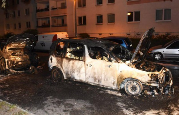 La carcasse du véhicule de la société 'WISAG'