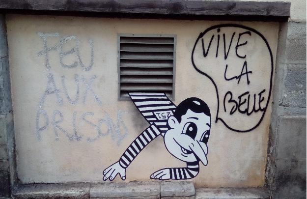 """Détournement d'une """"oeuvre"""" d'un artiste du projet BIen Urbain à Besançon. Plus sympa comme ça..."""