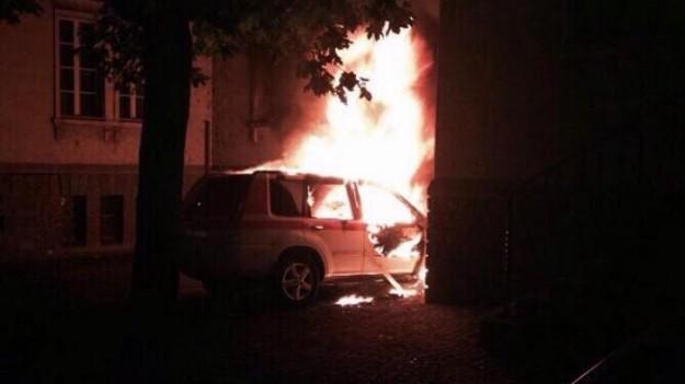 visp-polizeiauto-ausgebrannt-66652