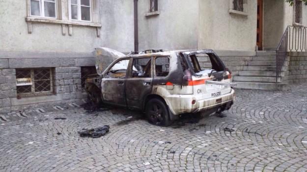visp-polizeiauto-ausgebrannt-66653