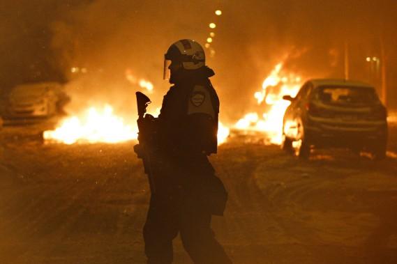 1170035-manifestation-destinee-denoncer-brutalite-policiere