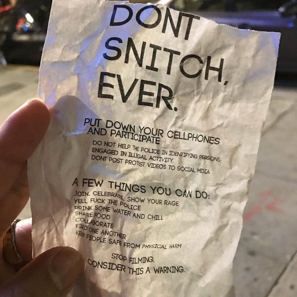 Tract anti-poucave distribué mercredi soir à Oakland